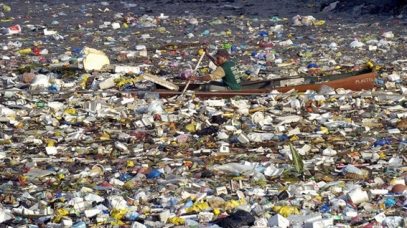 Image of giant trash heap in the Pacific Ocean
